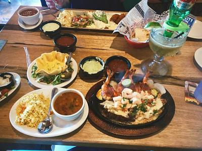 Click image for larger version.  Name:food.jpg Views:11 Size:58.6 KB ID:7062